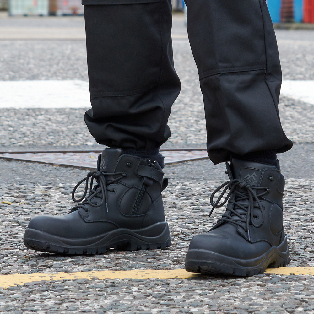 RF660 Chromite and RF670 Graphite are Key Styles in the Uniform Service and Key Worker range